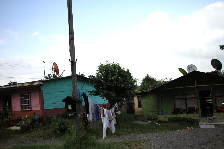 maisons colorées du costa rica