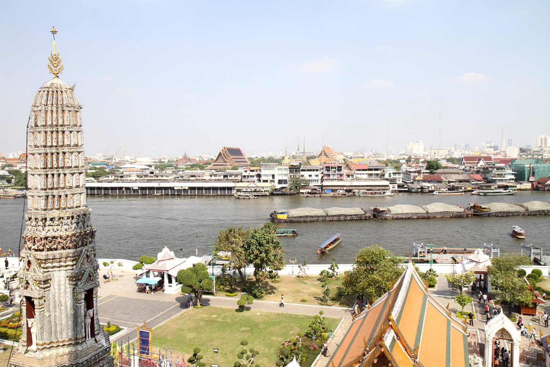 Vue sur Bangkok depuis Wat Arun