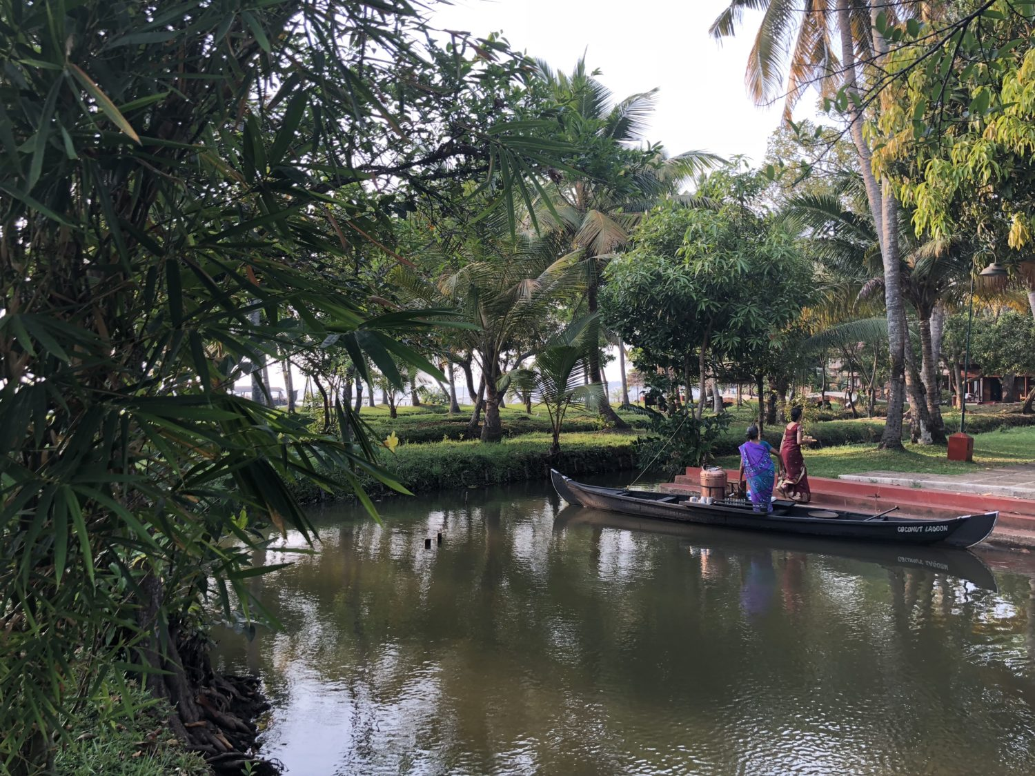backwater kerala kuramakom cgh earth