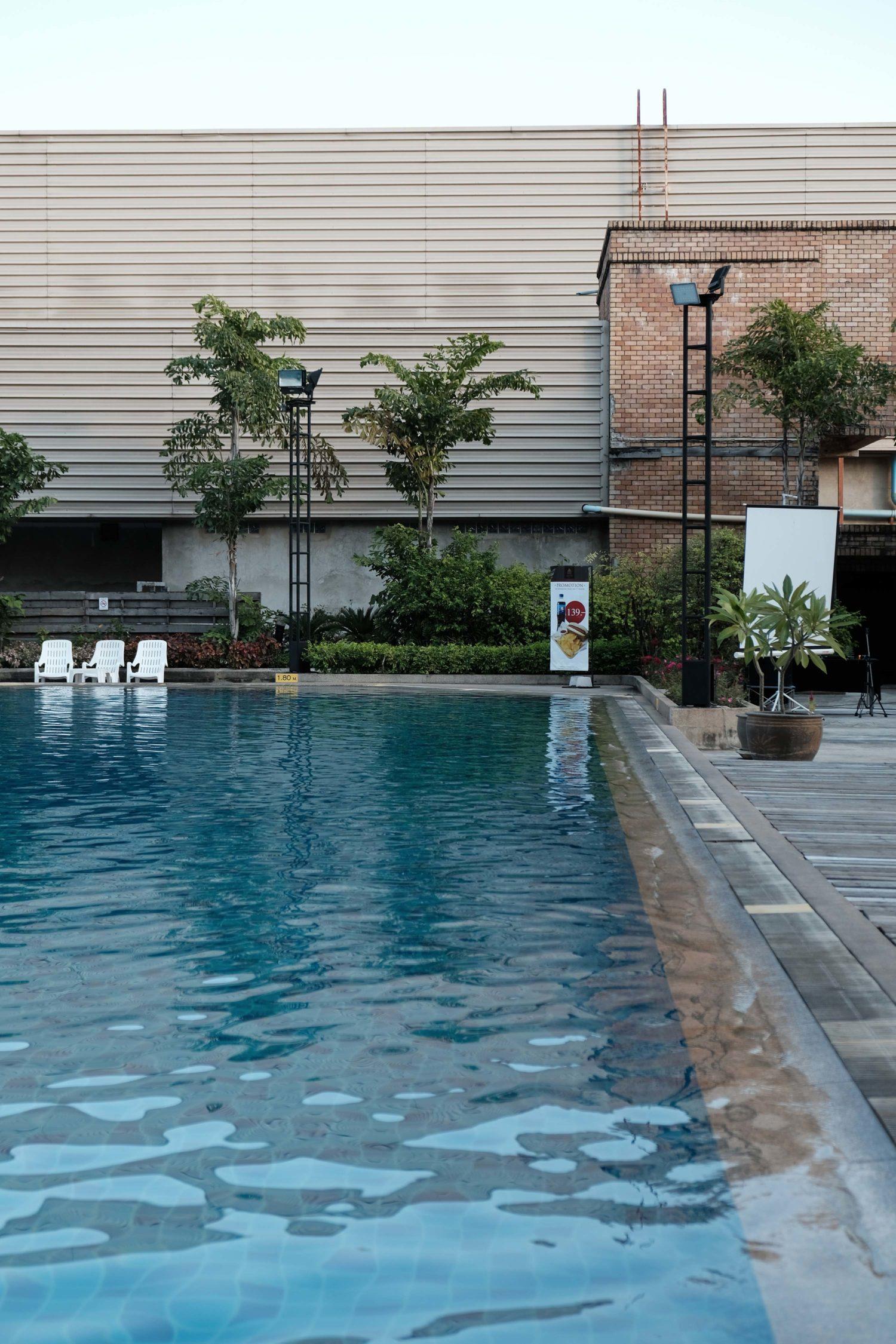 Piscine Chiang mai hôtel Lotus